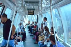 Em média, 3,4 mil passageiros por dia útil utilizaram linha que integra sistema metroviário da Trensurb ao Terminal 1 do Salgado Filho. Foto: Fabiano Scheck/Trensurb