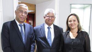 Joubert Flores, Clésio Andrade e Roberta Marchesi