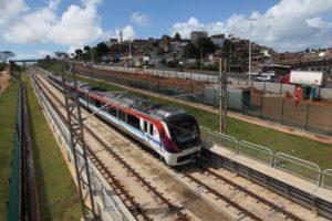 Os trens passaram, na manhã desta quarta, pelas estações Flamboyant, Tamburugy, Bairro da Paz e Mussurunga, que compõem mais 7,5 km