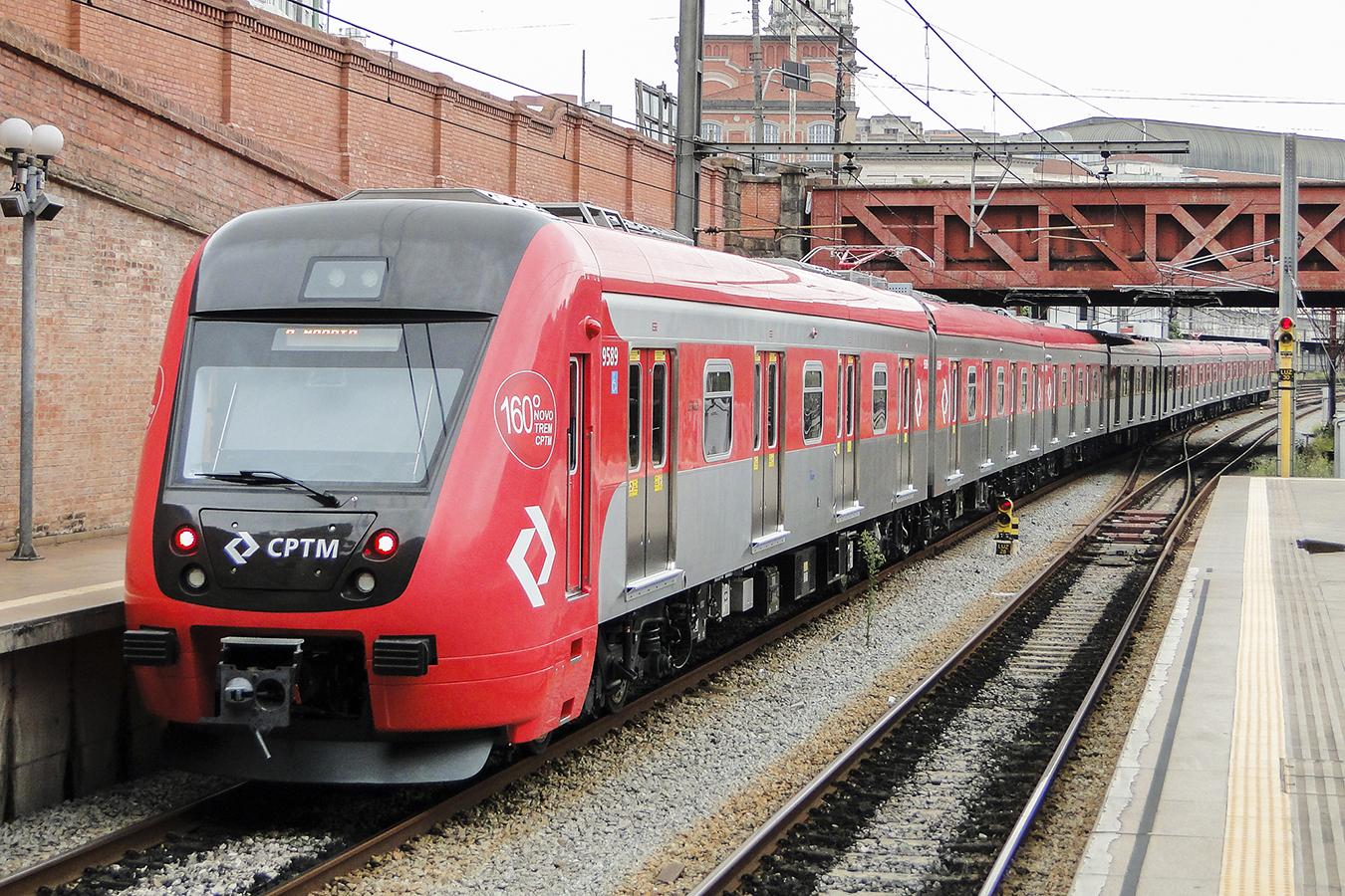 Ônibus e trens operam no vermelho em meio a pandemia do coronavírus